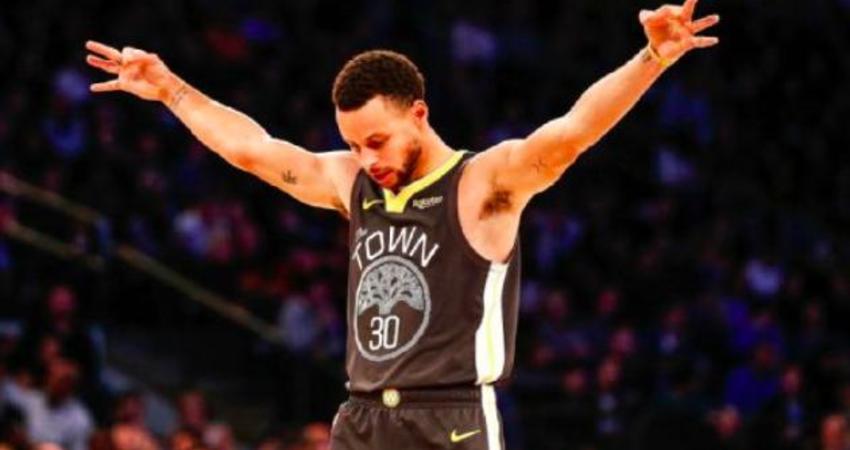 飄髪哥Nash:Curry已是史上最偉大球員之一,他讓籃球這項運動完成進化!