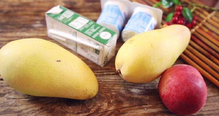 教你一款自製芒果奶昔,快來試試學做簡單的奶昔吧