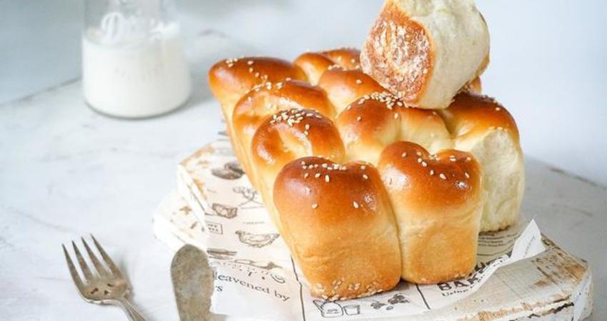 營養美味的椰香脆底小麵包的做法,正適合早餐吃