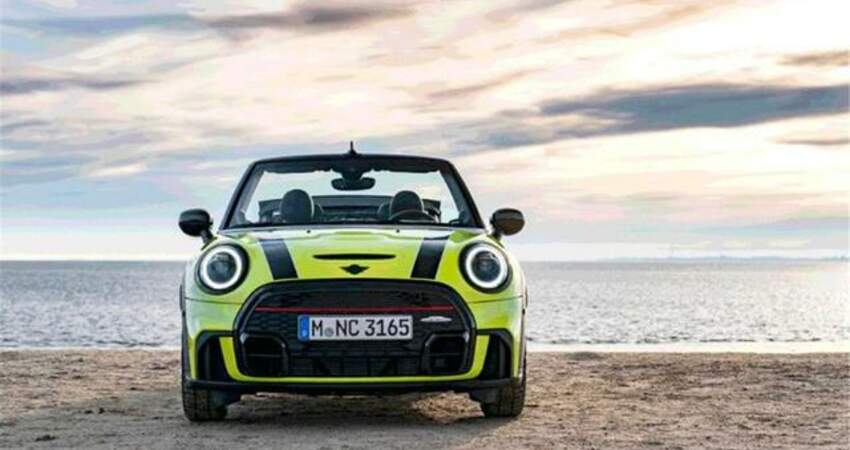 外觀時尚車身較小新一季MINI三門敞篷版亮相青檸黃車漆個性亮眼