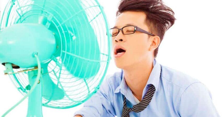 「睡覺時開電扇」對身體有4大影響 網友驚呼:這就是醒來會鼻塞的原因