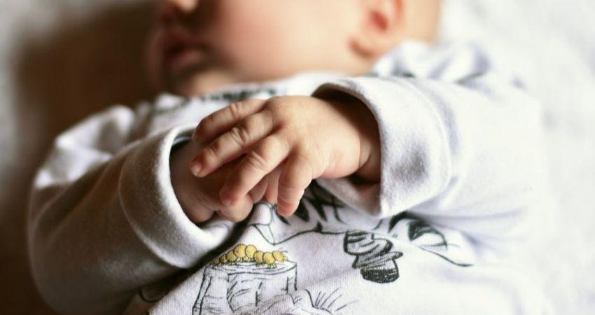 驚!人妻懷孕照和小王啪啪啪 竟生出「同母異父」雙胞胎
