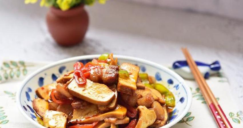 這道菜太下飯了,簡單炒一炒,10分鐘就能端上桌,做多少都吃光光