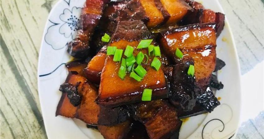 這也是紅燒肉最好吃的做法,口感不柴,軟嫩爽口,只要把握好這點