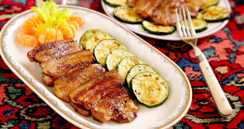 五花肉這樣做,幾分鐘就搞定,軟糯焦香,上桌就搶光,少油健康版!