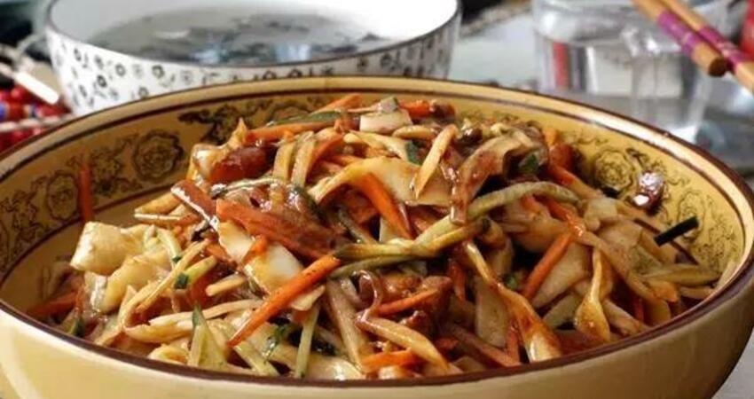自從學會炸醬麵做法,再也沒有去外面吃過,做法簡單美味,特過癮