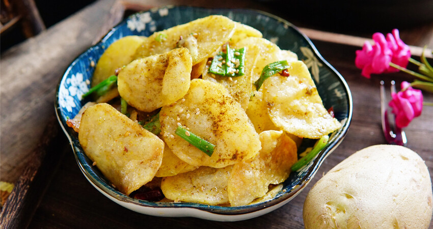 土豆最好吃的做法,教你一招,外酥里嫩,比薯條香多了!