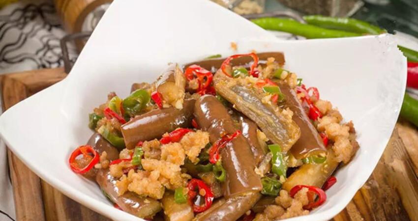 百吃不膩的回鍋茄子,做法簡單開胃下飯比肉還好吃!