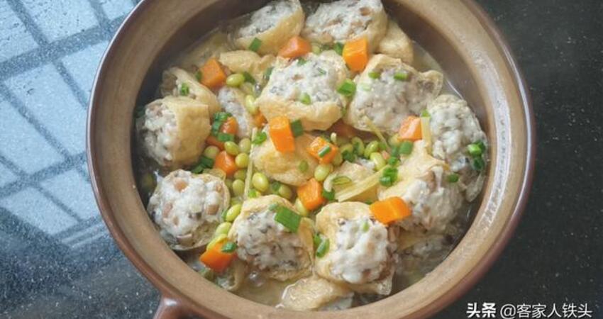 這才是油豆腐最好吃的做法,不用煎不用炸,下飯解饞,一鍋不夠吃