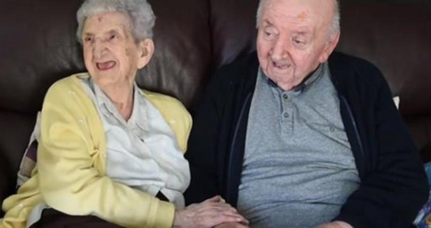 80歲兒子住進安養院 98歲媽媽接著「為了照顧他」也自願入住了